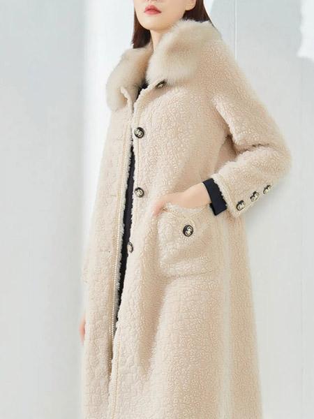 娅丽达女装品牌2020秋冬米白色长款系扣毛绒大衣