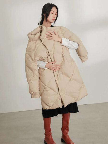 速品女装品牌2020秋冬长款驼色羊绒羽绒服