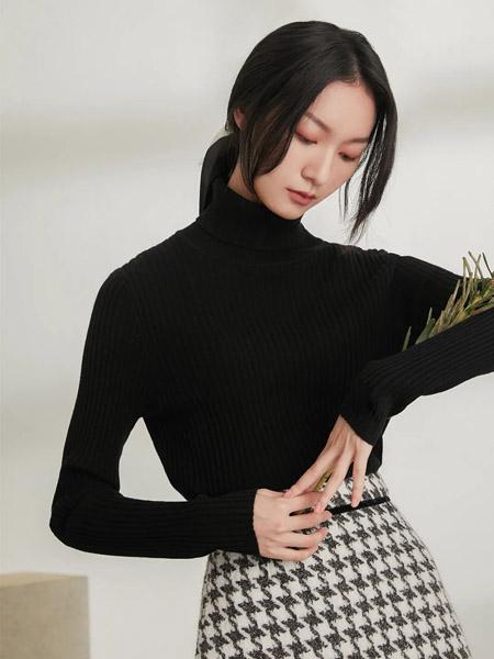 速品女装品牌2020秋冬高领黑色针织毛衣