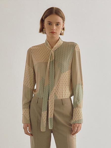 bouthentique女装品牌2020秋冬斑点印花领带衬衣