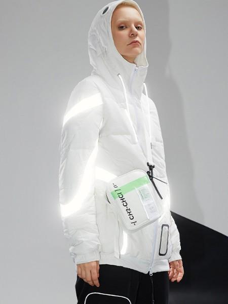 荧裳羽绒羊绒品牌2020秋冬新品