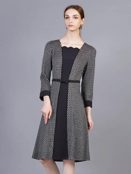 showlong、舒朗、美之藤、高歌女装品牌2020秋冬格子纹系腰长款外套