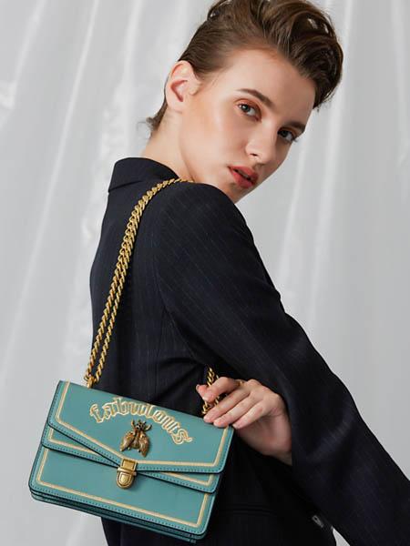 CHERLSS & KEICH箱包品牌2020秋冬绿色锁扣皮包