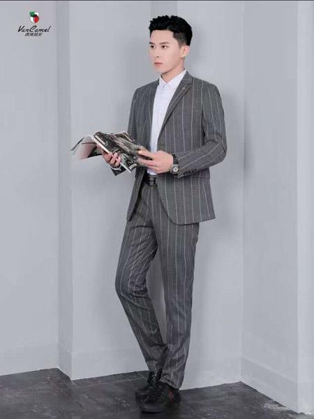 西域骆驼男装品牌2020秋冬复古灰色西服套装