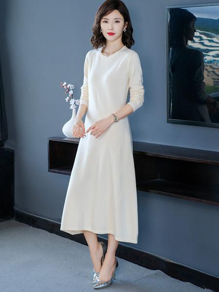 MODEERN女装品牌2020秋冬女神白色长袖连衣裙