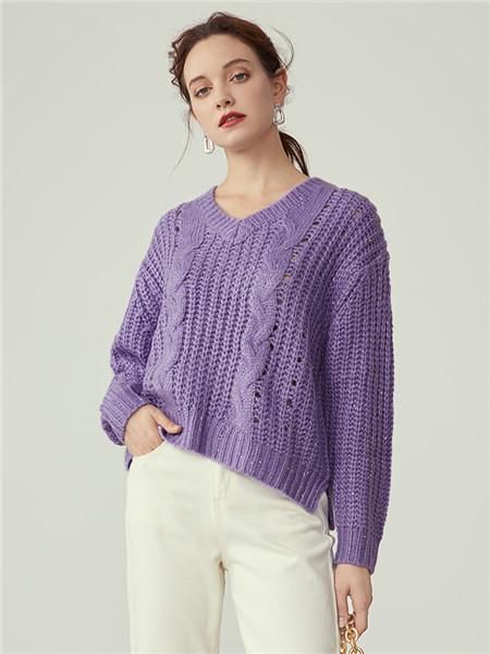 蓝恩女装品牌2020秋冬紫色圆领针织衫