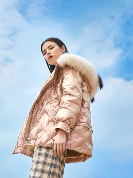 麦寻女装品牌2020秋冬舒适纯色即绕过你棉衣