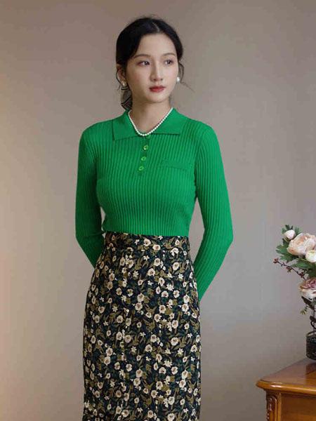 固执女装品牌2020秋冬条纹绿色长袖针织衫