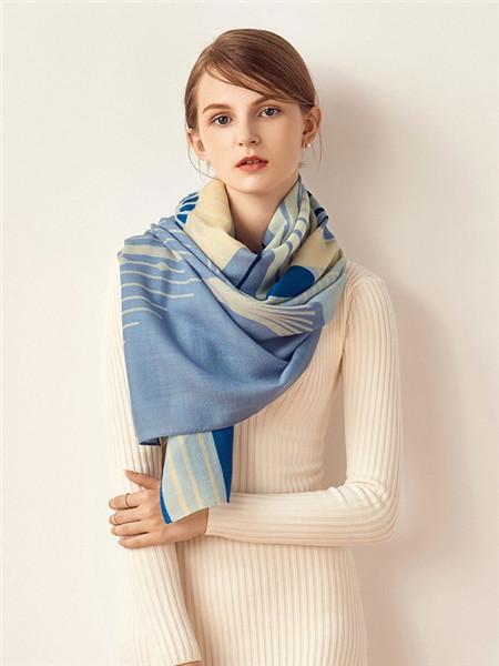 宝石蝶丝巾品牌2020秋冬个性蓝色围巾