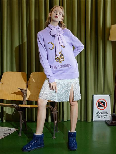 OZLANA女装品牌2020秋冬紫色印花针织衫