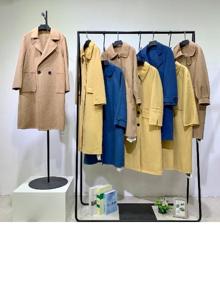 华景国际双面呢羊绒大衣品牌店铺展示