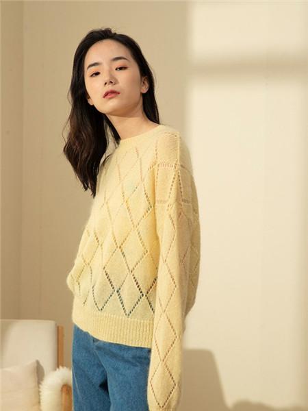 Kira&Yanng女装女装品牌2020秋冬镂空圆领针织衫
