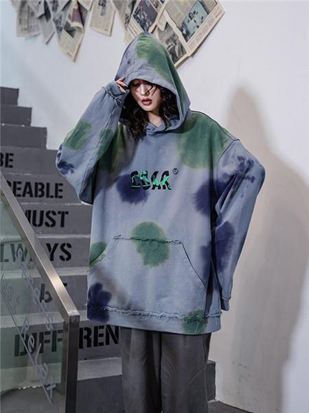 柯达芮特女装品牌2020秋冬迷彩灰色字母连帽卫衣