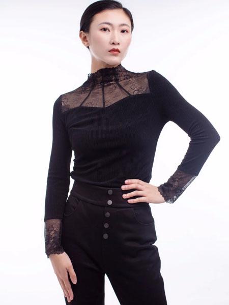 独傲女装女装品牌2020秋冬黑色长袖打底衫