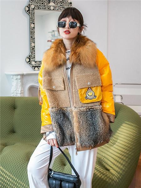 法萨奴女装品牌2020秋冬无袖棕色毛呢外套