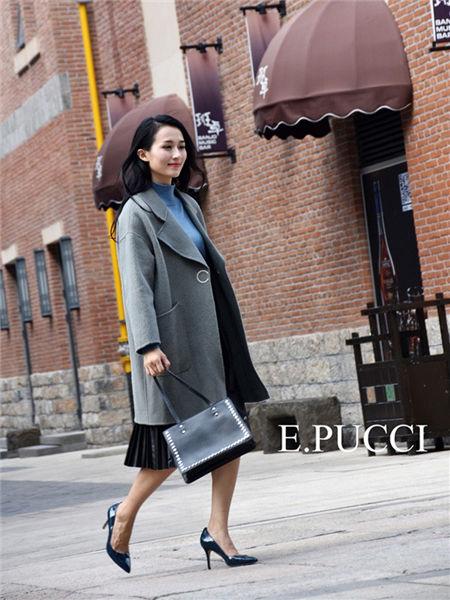 艾璞琪女装品牌2020秋冬灰色木耳边毛呢外套