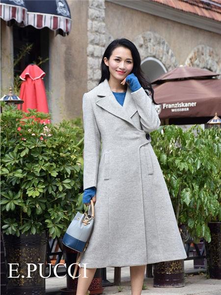 艾璞琪女装品牌2020秋冬灰色长袖连衣裙