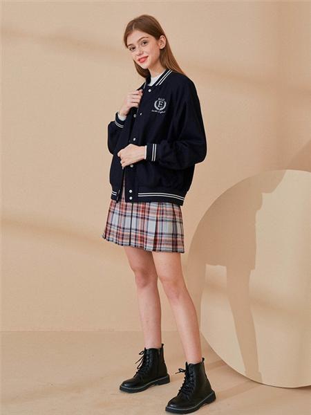 E·LAND女装品牌2020秋冬运动字母黑色开衫