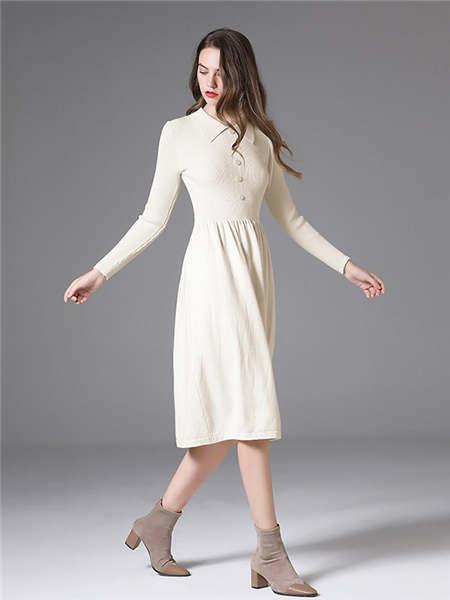 ELINKéSY女装品牌2020秋冬纯色方领针织连衣裙