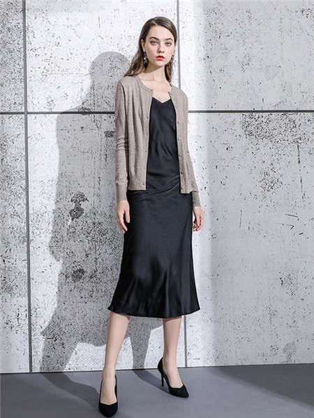 ELINKéSY女装品牌2020秋冬深驼色简约针织开衫