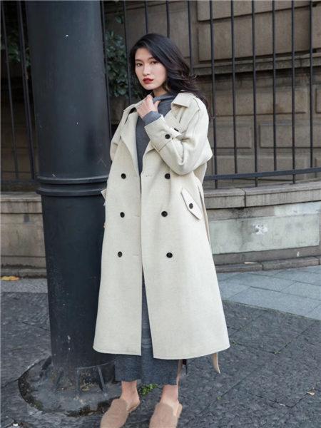 君羊迪奥女装品牌2020秋冬百搭羊绒双排扣长款大衣