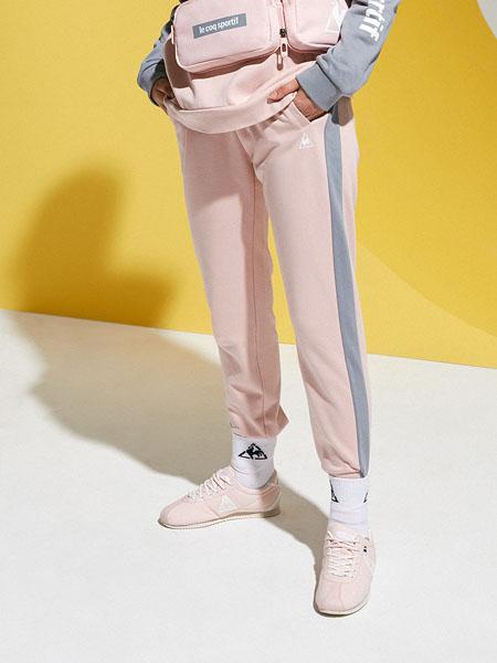 乐卡克女装品牌2020秋冬粉色淑女风修身小脚裤