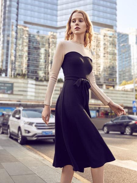 37°生活美学女装品牌2021春夏撞色拼接荷叶边束腰连衣裙