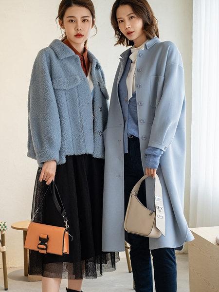 3ffusive女装品牌2020秋冬浅蓝色短款羊羔毛外套