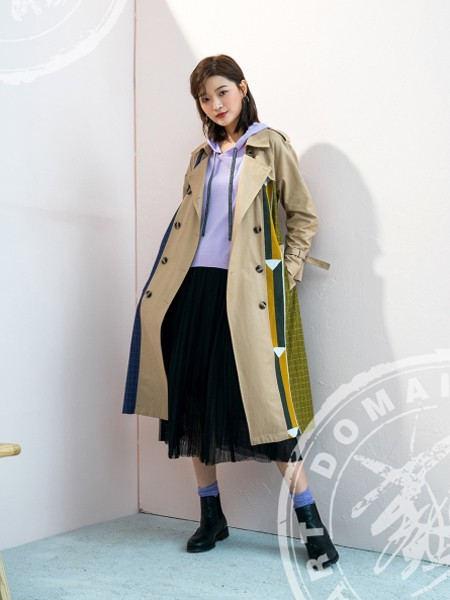 ART艺域女装品牌2020秋冬撞色拼接防风保暖风衣