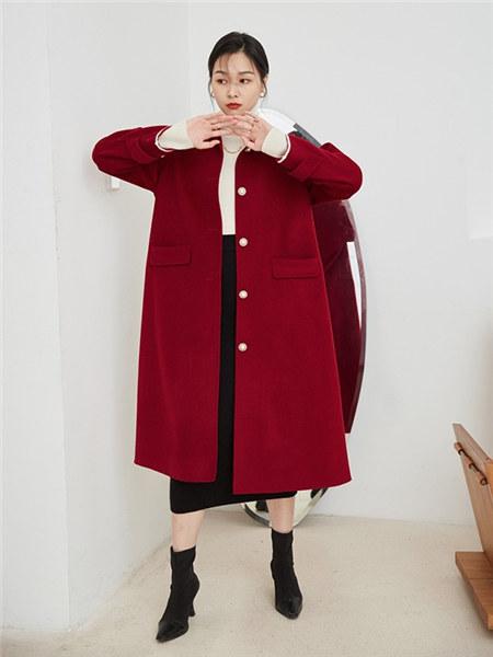 竹依依女装品牌2020秋冬红色经典简约毛呢大衣