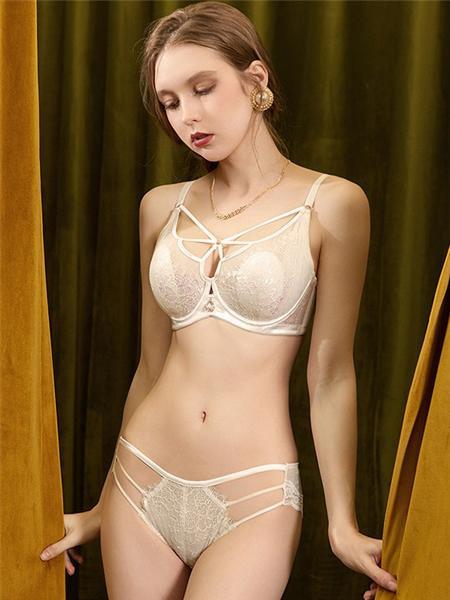 霞丹妮内衣品牌半透明纯棉底档比基尼内裤