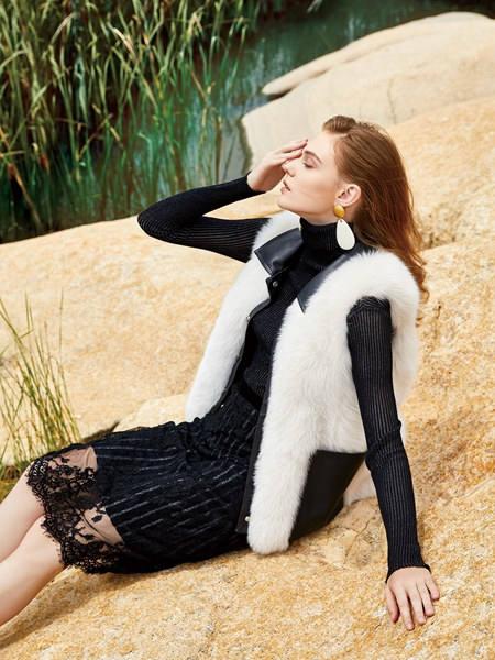 简约风情女装品牌2020秋冬黑色潮流修身蕾丝连衣裙
