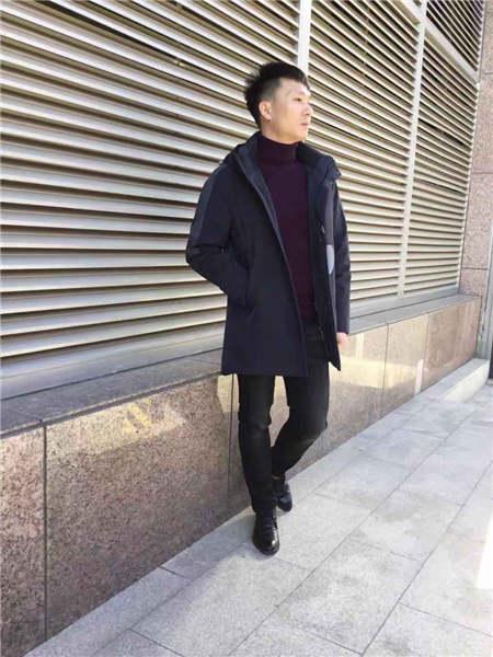 镖王男装品牌2020秋冬黑色高领侧帖男神范中长款羽绒服