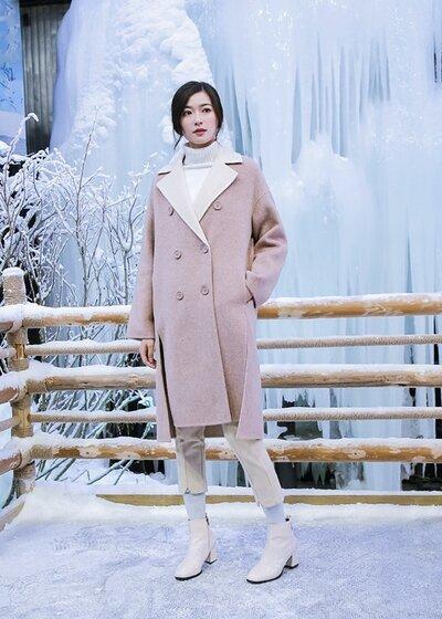 衣号女神女装品牌2020秋冬粉色翻领甜美淑女风毛呢大衣