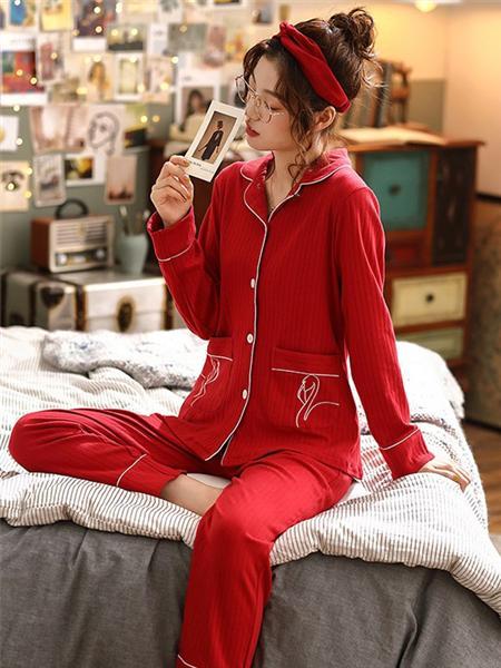帕蘭朵內衣品牌紅色暗紋棉質長袖睡衣套裝