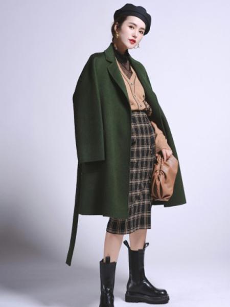 俪妍女装品牌2020秋冬绿色休闲羊毛大衣