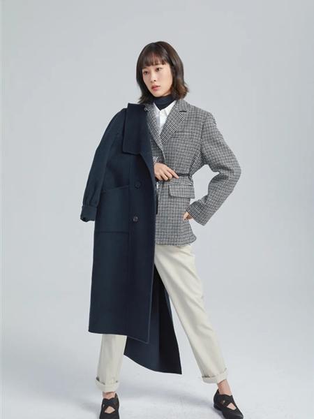 欧海一生女装品牌2020秋冬藏蓝色大口袋时尚毛呢大衣