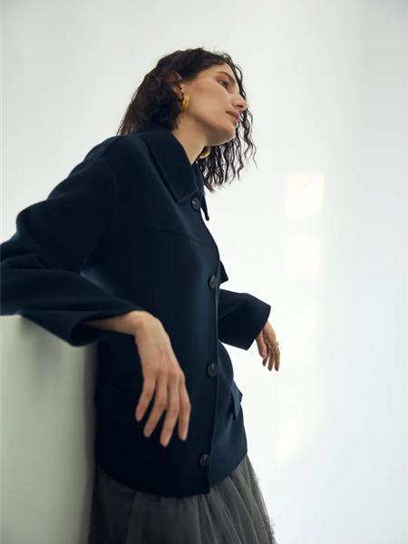 欧海一生女装品牌2020秋冬深蓝色立领修身外套