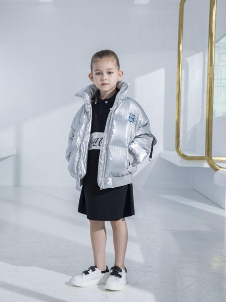 快乐精灵童装品牌2020秋冬银灰色高领短款羽绒夹克