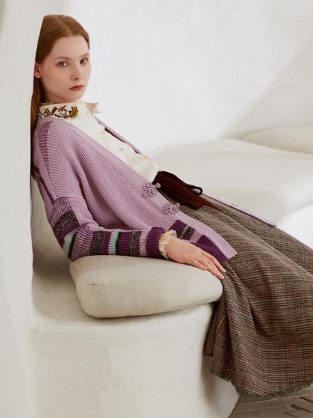 丽迪莎女装品牌彩38平台2020秋冬紫色撞色盘扣国风外套