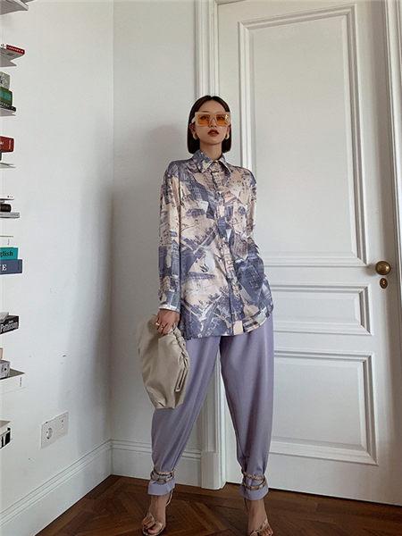 乔黛女装品牌2020秋冬紫色成熟优雅丝绸OL风套装