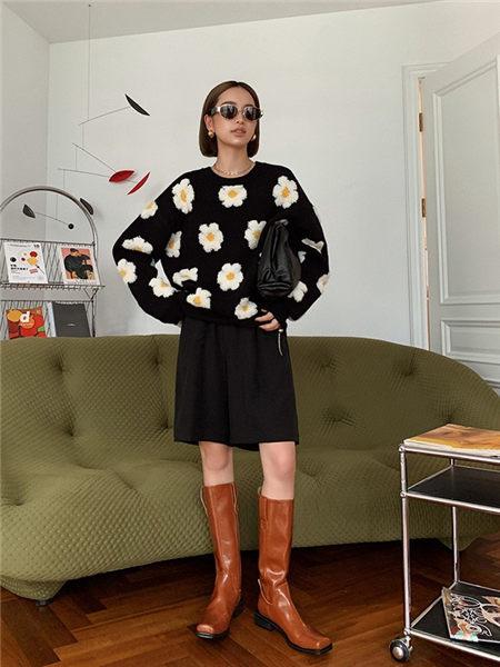 乔黛女装品牌2020秋冬潮流韩版小稚菊色织针织衫