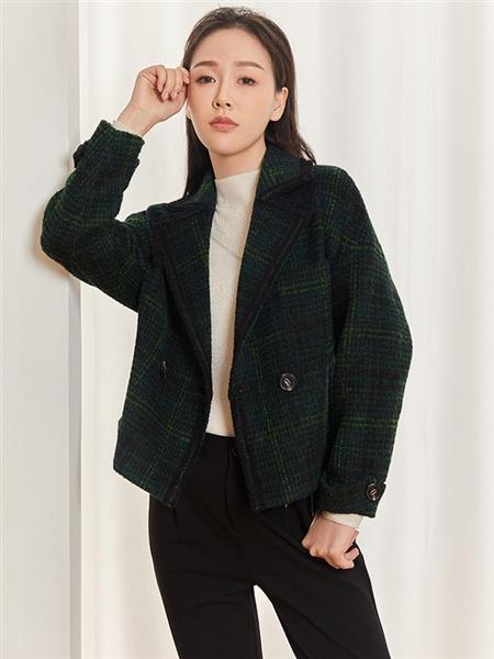 圣可尼女装品牌2020秋冬墨绿色格纹短款毛呢