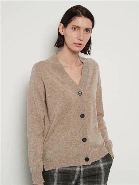 己以女装品牌2020秋冬浅咖色V领宽松针织开衫