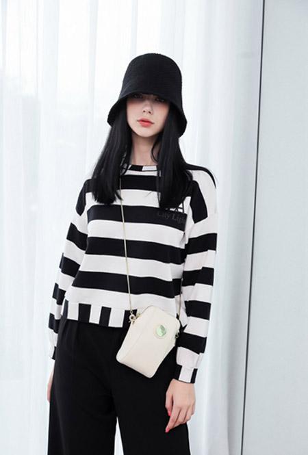 艾诺绮女装品牌2020秋冬条纹长袖