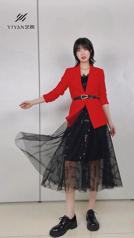 艺燕女装品牌2021春季大红色西装外套