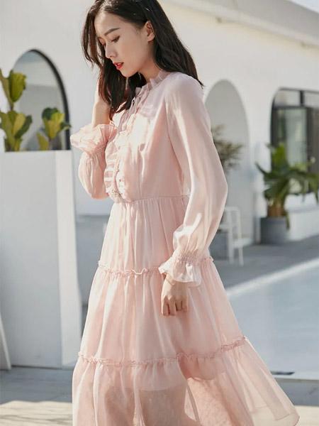 季候风女装品牌2021春夏森系俏皮连衣裙