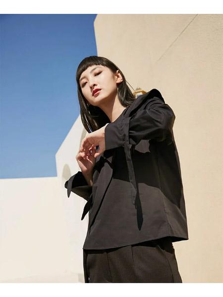 季候风女装品牌2021春夏黑色OL商务