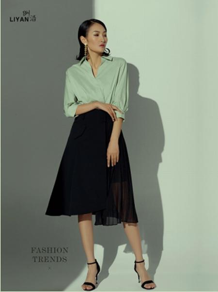 例沿女装品牌2021春夏薄荷绿衬衫裙