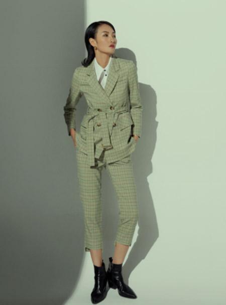例沿女装品牌2021春夏格子外套
